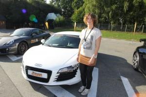 Cette fois, je suis bien échauffée ! Avec l'Audi R8, ça va pulser !