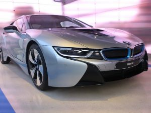Premieres images BMW i8