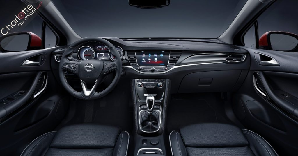 Nouvelle-Opel-Astra habitacle