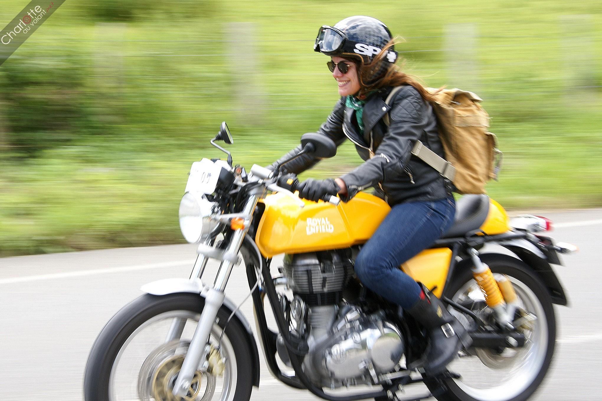 pourquoi la moto revient au galop dans nos coeurs charlotteauvolant. Black Bedroom Furniture Sets. Home Design Ideas