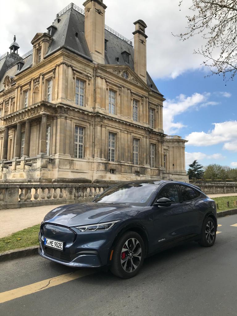 Ford Mach-E voiture électrique